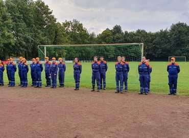 Die beiden Jugendgruppen aus Forst (Lausitz) und Peitz bei der Eröffnung