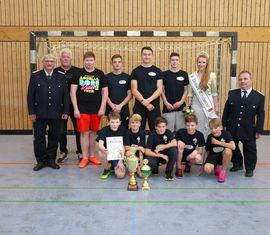 Platz 2 - Die Mannschaft aus Wolfshain mit Wolfhard Kätzmer (links), Jenifer Fiebow, Thomas Schulze (rechts)
